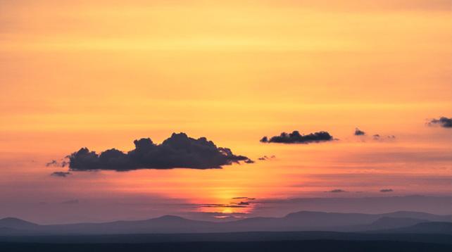 Afton mellan himmel och jord i Vårfrukyrkan