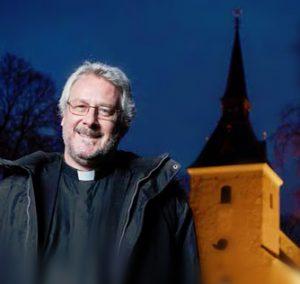 Magnus Hellström ny kyrkoherde i Brännkyrka församling - Brännkyrkabladet