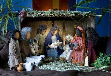 Samling vid krubban - Julspel och julvandringar för skolor i Brännkyrka församling